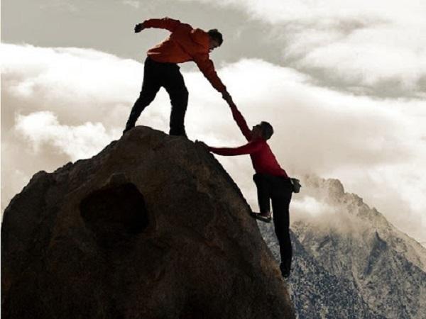 Etkili Liderlik Neden Önemlidir ve Nasıl Elde Edilir?